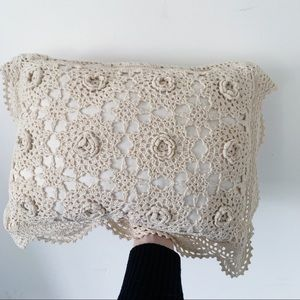 Vtg Off White Doily Lace Accent Pillow